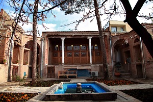 Behrouzi Traditional Hotel in Qazvin